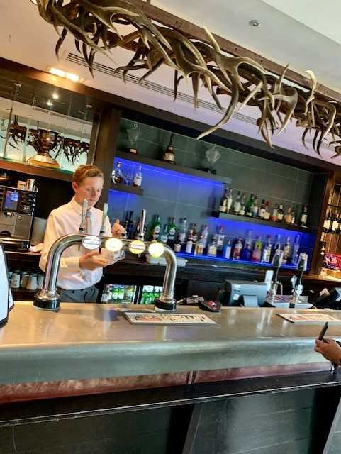 Oulton Hall Claret Jug bar