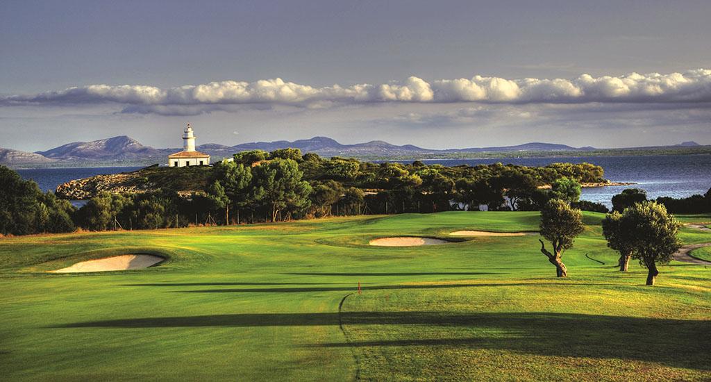 Club de Golf Alcanada 16th