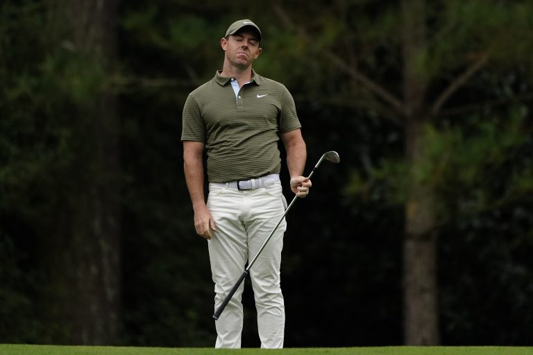 Rory McIlroy struggled towards the end of his first round